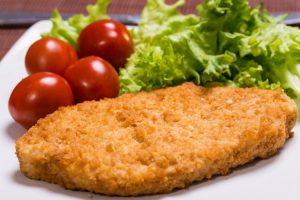 فيليه دجاج مشوي وجبة غداء صحية للرجيم